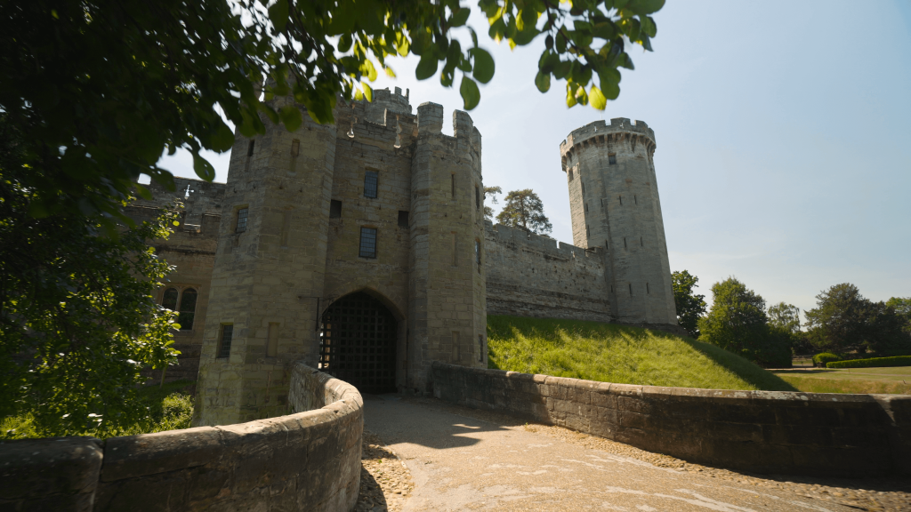 Warwick Castle, COVID-19