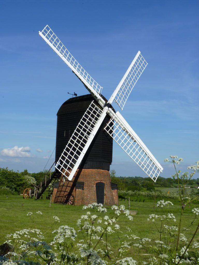 Rotary donation kickstarts vital windmill repairs